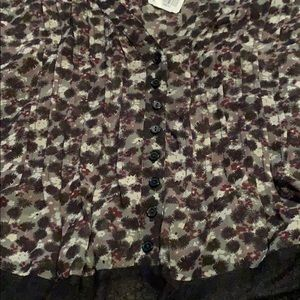 Forever 21 Tops - Forever 21 cute floral sheer top